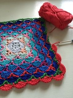 Cushion crocheting (1)