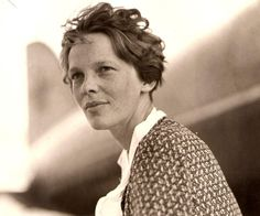Amelia Earhart Biography - Childhood, Life Achievements & Timeline