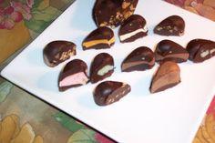 BOMBONES DE PRALINÉ Y CORAZONES DE CHOCOLATE