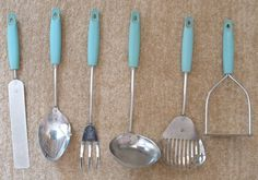 "VINTAGE 1950/60s SKYLINE ""KITCHAMAJIG"" KITCHEN UTENSILS TOOLS 
