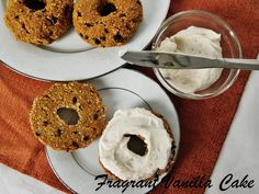 Fragrant Vanilla Cake: Raw Pumpkin Spice Oat Bagels with Maple Cinnamon Cream Cheese