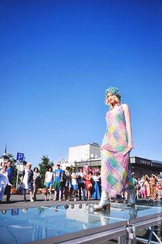 """Купить Платье """"Люблю я макароны..."""" крючком из шелка ручной окраски - разноцветный, в клеточку, платье"""