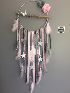 Dream catcher in driftwood and stars in gray and, . - Dream catcher in driftwood and stars in gray and, Gift - Living Room Decor Cozy, Living Room Grey, Diy Room Decor, Dream Catcher Craft, Diy Dream Catcher For Kids, Making Dream Catchers, Lace Dream Catchers, Dream Catcher Mobile, Dream Catcher Boho