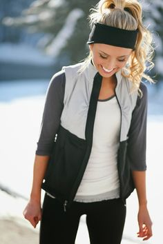 Running jacket with leggings and a headband! If you like my pins, please follow me and subscribe to my fashion channel on youtube! It�s free! Let me help u find all the things that u love from Pinterest! https://www.youtube.com/channel/UCCP8TXebOqQ_n_ouQfAfuXw