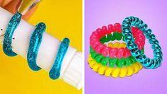 5 Min Crafts, 5 Minute Crafts Videos, Diy Crafts Hacks, Glue Crafts, Craft Videos, Kawaii Diy, Diy Friendship Bracelets Patterns, Dollar Store Crafts, Handmade Crafts