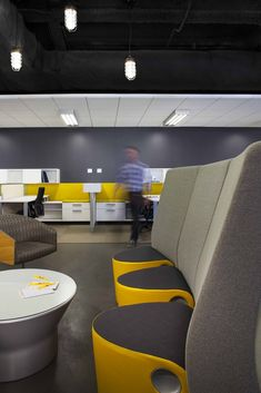 ValueClick's Open and Flexible Chicago Offices - Office Snapshots