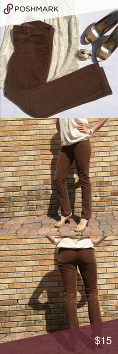 J. Crew City Fit Brown Corduroy Pants Excellent used condition. No stains or visible wear that I can find. Slim fit legs. Excellent for causally Friday at the office! J. Crew Pants Straight Leg