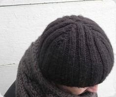 DSCN6159 Bonnets, Knitted Hats, Beanie, Knitting, Fashion, Knit Hats, Moda, Tricot, Fashion Styles