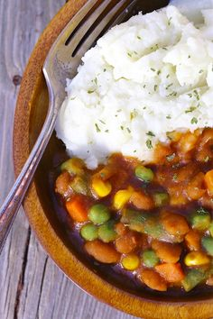 A hearty, budget-friendly meal that comes together in less than half an hour. {vegan}