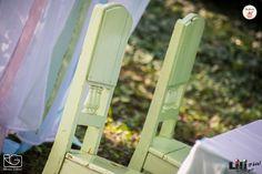 """A székek is """"stílusban vannak"""", ahogy mondani szokták."""