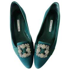 Pre-Owned Manolo Blahnik Hangisi Green Cloth Flats High End Shoes, Flat Shoes, Manolo Blahnik Hangisi, Spanish Fashion, Shoe Brands, World Of Fashion, Luxury Branding, Loafers, Footwear