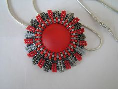 Catrina jewels: Pendant in red