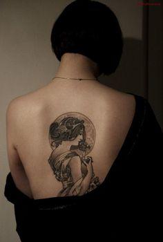 Art Nouveau Alphonse Mucha tattoo by Electric Linda. Mucha Tattoo, Backpiece Tattoo, 16 Tattoo, Tatoo Art, Tattoo Son, Tarot Tattoo, Tattoo Pics, Thai Tattoo, Maori Tattoos