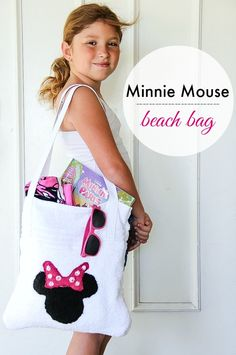 DIY Minnie Mouse Beach Bag #MinnieInParis #DisneyCraft