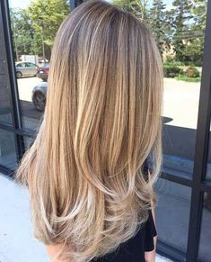 Long Bronde Hair with Golden-Blonde Balayage and Chunky Short Layers - Studentra. Long Bronde Hair with Golden-B. Long Bronde Hair, Balayage Straight Hair, Balayage Blond, Golden Blonde Highlights, Balayage Hairstyle, Baylage Blonde, Bayalage, Hair Highlights, Color Highlights