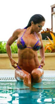 Michelle Lewin fit and hot