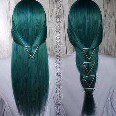 Love these hair accessories, wonder if I can do this with braids