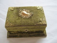 Stunning antique French green velvet sewing box, plus ox bone and embroidered contents♥
