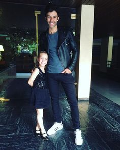 Mariano Martinez, Second Child, Capri Pants, Actors, Suits, Photo And Video, Fashion, Mariana, Second Baby