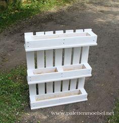 Pallets Garden, Wood Pallets, Herb Garden Pallet, Wood Pallet Planters, Galvanized Planters, Pallet Fence, Diy Pallet Projects, Garden Projects, Pallet Ideas