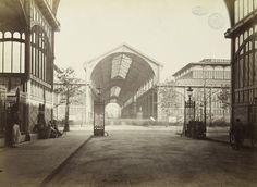 Marville halles-centrales, 1855 Old Paris, Vintage Paris, Saint Germain, Place Vendôme, Paris Ville, Image Archive, French Photographers, His Travel, Old Pictures