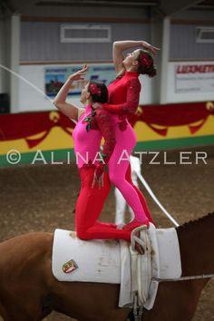 Voltigieren 2012 - Voltigierbilder von Alina Atzler