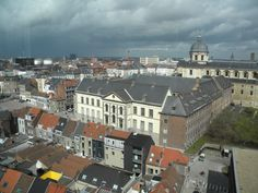Amazing view in Gent. City Break, Amazing Places, San Francisco Skyline, Belgium, Paris Skyline, The Good Place, Travel, Voyage, Viajes