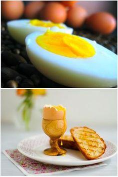 Você? sabe como preparar um ovos cozidos perfeitos? É fundamental que sejam frescos. Além de mais saudável fica muito mais bonito. A gema do ovo fresco é centralizada. Já a gema do ovo envelhe…