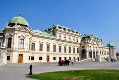 https://upload.wikimedia.org/wikipedia/commons/2/2f/12_of_15_Belvedere_Palace,_Vienna_-_AUSTRIA.jpg