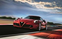 Automobiles Alfa Romeo 4C Limited Edition: upgrade discret de la petite diva ! - http://lesvoitures.fr/alfa-romeo-4c-limited-edition-upgrade-discret-de-la-petite-diva/