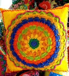 Crochét motif pillow Crochet Cushion Cover, Crochet Cushions, Crochet Pillow, Crochet Motif, Crochet Doilies, Crochet Shoes Pattern, Crochet Dolls Free Patterns, Crochet Designs, Diy Crochet And Knitting