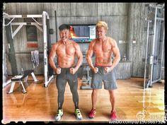 Nuevas imágenes publicadas por Orlando Bloom en Weibo.-  http://befamouss.forumfree.it/?t=72711360&st=15#lastpost