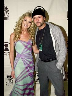 Tim McGraw & Faith Hill Country Love Songs, Country Couples, Country Music Artists, Country Music Stars, Hot Couples, Famous Couples, Celebrity Couples, Blond, Beautiful Men