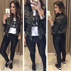 Hoje tem muitas novidades ! T-Shirt Week | Bomber Júlia | Calça Tania Preta Compras on line: www.estacaodamoda... Whats app: (45)99820-6662 - Andreia #VAREJO Whats app: (45) 99919-9258 -Jaqueline #ATACADO ☎️SAC: (45)3541-2940 ou 3541-2195 E-mail: vendas@estacaodam...