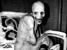 The creepiest pictures can seriously mess with your head. Can you handle these scary pictures? These are 25 creepy pictures that you'll find terrifying. Scary Images, Creepy Pictures, Slender Man, George Soros, Paranormal, Russian Sleep Experiment, Grunge, Macabre, Historical Photos