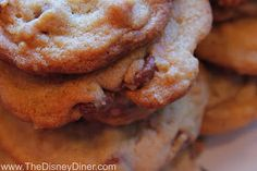 The Disney Diner: Ghirardelli Soda Fountain & Chocolate Shop: Ultimate Chocolate Chip Cookies Recipe