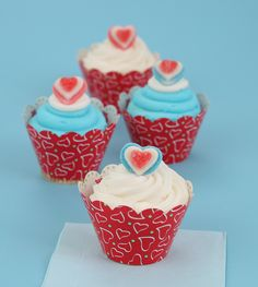 Cupcake wraps, super cute for Valentine's Day!