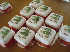 Mini tortas para navidad, delicadas y sencillas