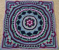 "This is a photo tutorial for ""squaring up"" Sophie's Mandala."