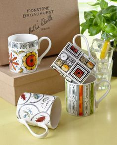 A showcase of the famous ceramic designer Kathie Winkle and her new venture with James Broadhurst & Sons Hand Painted Ceramics, Vintage Ceramic, Twinkle Twinkle, Mid-century Modern, Glass Art, Retro Vintage, Pottery, Mugs, Tableware