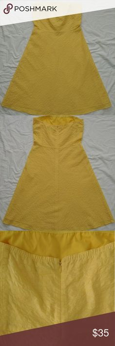 J. CREW Strapless Bubble Texture Women's  Dress Size 6 cotton beach dress. Strapless, A line, Empire waist, full skirt, lined. In excellent condition   J. Crew Dresses Strapless