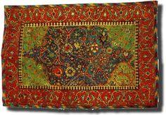 Google Image Result for http://www.antique-marks.com/image-files/carpet-eslimi-1.jpg