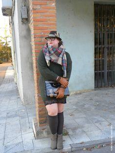 http://www.loslooksdemiarmario.com/2015/01/oversizes-lencero-outfit.html  @asos, blogger madrid, bufanda manta aliexpress, estrenando regalos, jersey oversized, looks, los looks de mi armario, mis looks, post con vestido, regalos de reyes magos, talla grande, vestido lencero