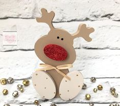 All Details You Need to Know About Home Decoration - Modern Gingerbread Christmas Decor, Rudolph Christmas, Christmas Wood Crafts, Christmas Love, Christmas Projects, Holiday Crafts, Reindeer Decorations, Christmas Decorations, Christmas Ornaments