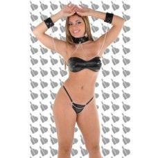 Na Hot Pepper Sex Shop e Boutique Sensual localizada em Porto Alegre você encontra: Fantasia Escrava do Prazer  Torne sua noite inesquecível com a Fantasia de Escrava do Prazer.  Seja a escrava e permita que seu parceiro use e abuse de você.   Torne a noite inesquecível.   Tecido: Couro ecológico preto nylon 20   A Fantasia Escrava do Prazer é composta por: tanga, top tomara que caia e algemas ligadas a gargantilha