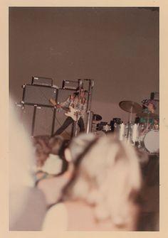 Jimi Hendrix - rare candid audience photo
