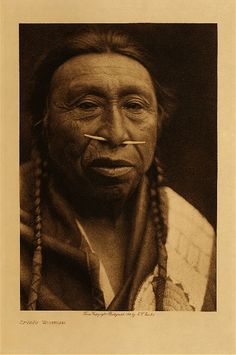 Chinook man at Wishram village (near the now flooded Celilo Falls on the Columbia River)  photo: Edward S. Curtis (Native American, Indian)