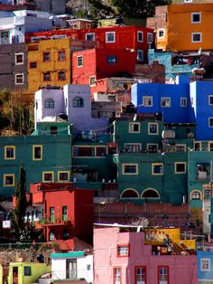 The multi colors of a classic city. Guanajuato, Mexico, I would love to wake up in the morning and see this World Of Color, Color Of Life, Ecuador, Mexican Colors, Mexico Culture, México City, Chile, Mexico Travel, Central America