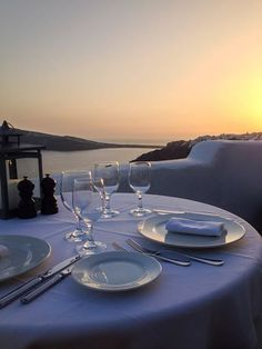 The last light creates a dining experience like no other... #LifesLittleLuxuries