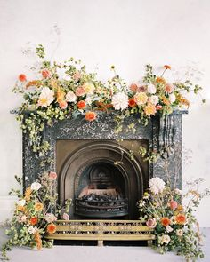A beautiful fine art floral installation with bright wedding colors for the summer bride. Bright Wedding Colors, Orange Wedding Flowers, Spring Wedding Flowers, Floral Wedding, Autumn Wedding, Summer Wedding, Indoor Wedding Ceremonies, Wedding Ceremony Flowers, Garland Wedding